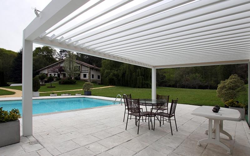 Bioclimtica la serra solare o veranda solare si for Pergola bioclimatica prezzo mq